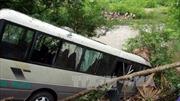 Xe khách lao vực Bắc Kạn, 9 người bị thương nặng