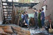 Cháy lớn cơ sở đồ gia dụng, thiệt hại gần tỷ đồng