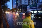 Hà Nội giảm bớt cảnh tắc đường khi bão về