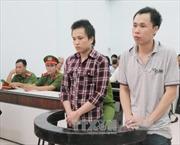 """Xét xử hai bị cáo về tội """"Tuyên truyền chống Nhà nước Việt Nam"""""""