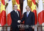 Thủ tướng Nguyễn Xuân Phúc hội kiến Tổng thống Pháp