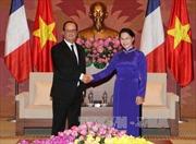Chủ tịch Quốc hội hội kiến Tổng thống Pháp Hollande