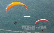 Dù lượn tung bay trên đèo Khau Phạ