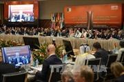 OPEC họp giải quyết dư thừa dầu