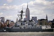 Tên lửa từ Yemen liên tiếp bắn trượt tàu khu trục Mỹ