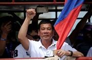 """Ông Duterte """"đóng đinh"""" vấn đề Biển Đông trước thềm thăm Trung Quốc?"""