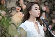 Trà Ngọc Hằng ra MV khoe giọng hát mộc trên ban công nhà
