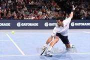 Novak Djokovic lại gặp khó