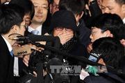 """Tòa án ra lệnh bắt giữ người bạn """"bí ẩn"""" của Tổng thống Hàn Quốc"""