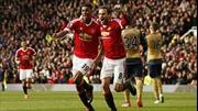 """Arsenal - đối thủ ưa thích của """"Quỷ đỏ"""" ở Old Trafford"""