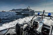 Hải quân Anh bắn cảnh cáo tàu Tây Ban Nha gần đảo tranh chấp