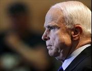 Thượng nghị sĩ John McCain cảnh báo ông Trump hầu tòa
