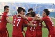 Trọng Hoàng tỏa sáng, tuyển Việt Nam chạm tay vào vé bán kết