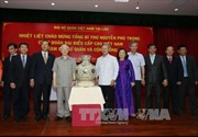 Tổng Bí thư thăm Đại sứ quán, đại diện cộng đồng Việt Nam tại Lào