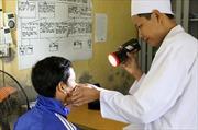 Tăng viện phí kết hợp vận động người dân tham gia bảo hiểm y tế