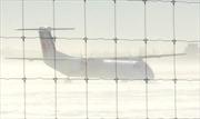 Máy bay của Air Canada trượt khỏi đường băng