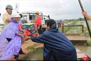 Bộ Công Thương ủng hộ vùng lũ Bình Định 5 tấn lương khô