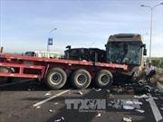 Xe container nổ lốp gây ra tai nạn liên hoàn cao tốc Long Thành – Dầu Giây