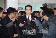 Hàn Quốc hoãn ra quyết định bắt giữ lãnh đạo tập đoàn Samsung