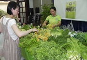 """Mua sắm Tết an toàn tại phiên chợ """"Quà xuân-Tết Việt"""