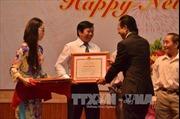 Đại sứ quán Việt Nam tại Campuchia tặng quà Tết các gia đình chính sách