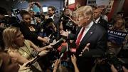 Reuters hướng dẫn phóng viên cách xoay xở đưa tin về ông Trump