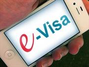 Đón vị khách quốc tế đầu tiên sử dụng thị thực điện tử Việt Nam