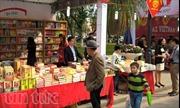 Hơn 250.000 bản sách được bán tại Phố sách xuân Đinh Dậu 2017