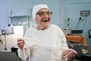 Nữ bác sĩ 89 tuổi thực hiện hàng trăm cuộc phẫu thuật mỗi năm
