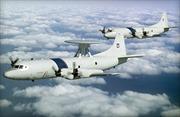 Máy bay quân sự Mỹ, Trung Quốc bay gần nhau trên Biển Đông