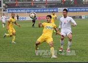 Câu lạc bộ Hà Nội chia điểm với SHB Đà Nẵng, FLC Thanh Hóa thắng chật vật