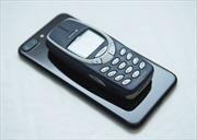 Điện thoại 'cục gạch' của Nokia 'cháy hàng' ngày trở lại