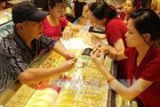 Đầu tuần, giá vàng giảm 30.000 đồng/lượng ngay khi mở cửa