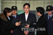 Tổng thống Park cấu kết với 'bạn thân' nhận hối lộ của Samsung