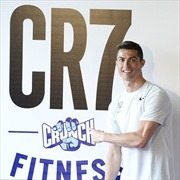 Bảo tàng CR7, sân bay CR7, khách sạn CR7, phòng tập CR7… cả thế giới là của Ronaldo