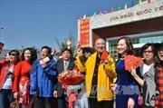 Để lái xe dẫn đoàn du khách Trung Quốc, công ty lữ hành bị tước giấy phép