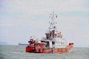 Cứu nạn thành công thuyền viên nghi bị đau tim tại vùng thời tiết rất xấu
