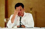 Khoảnh khắc yếu mềm hiếm hoi của Tổng thống bạo miệng Duterte
