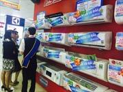 Người dân đổ xô đi mua điều hòa ứng phó với nắng nóng đầu mùa