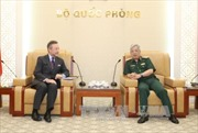 Thượng tướng Nguyễn Chí Vịnh tiếp Đại sứ Cộng hòa Séc