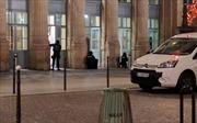 Ga tàu ở Paris mở cửa lại sau cảnh báo an ninh