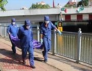 Thi thể một nữ giới không giấy tờ tùy thân trôi trên kênh Nhiêu Lộc - Thị Nghè