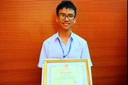 Nam sinh Quảng Trị sang Mỹ tham gia cuộc thi Khoa học Kỹ thuật Quốc tế