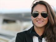 Nữ phi công trẻ nhất người Afghanistan bay vòng quanh thế giới