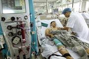 Hội Chữ thập đỏ Việt Nam hỗ trợ bệnh nhân chạy thận sốc phản vệ ở Hòa Bình