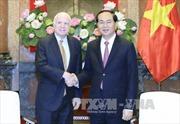 Chủ tịch nước Trần Đại Quang tiếp Thượng nghị sĩ Hoa Kỳ John McCain