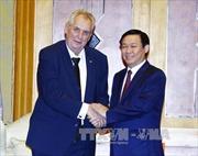 Phó Thủ tướng Vương Đình Huệ hội kiến Tổng thống Cộng hòa Séc Milos Zeman