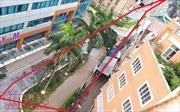 Tái lấn chiếm lòng đường ngõ 34 Hoàng Cầu (Hà Nội)