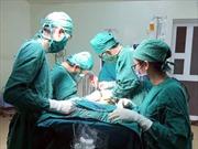 Ho dai dẳng, tức ngực liên tục ai ngờ phát hiện khối u to bằng quả tim