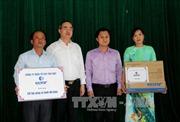 Đồng chí Nguyễn Thiện Nhân thăm cán bộ và nhân dân xã Trí Phải, Cà Mau